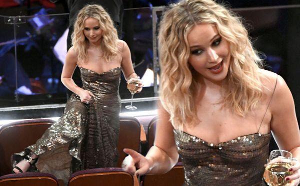 Jennifer Lawrence เจนนิเฟอร์ ลอวเรนซ์